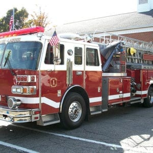 1993 Sutphen 100' Tower Ladder Quint for Sale